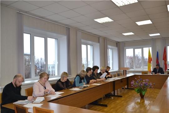 г. Алатырь: состоялось очередное заседание межведомственной комиссии по вопросам своевременности и полноты выплаты заработной платы, снижения неформальной занятости