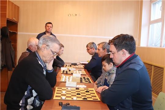 В Алатыре прошёл традиционный турнир по шашкам на призы газеты «Алатырские вести»