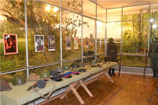 В Алатырском краеведческом музее открылась выставка «Когда мы были на войне», посвящённая 75-летию Великой Победы
