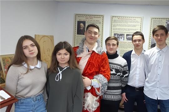 Воспитанников центра помощи детям-инвалидам во имя святителя Луки Войно-Ясенецкого поздравили с Новым годом