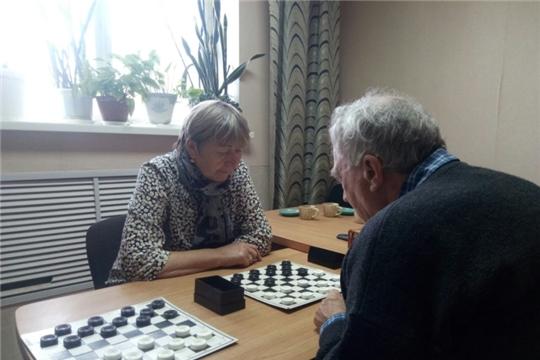 За шашечной доской встретились активисты ТОС «Афанасьевский»