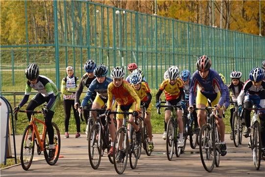 В Чебоксарах разыграны медали чемпионата и первенства Поволжья по велокроссу-маунтинбайку