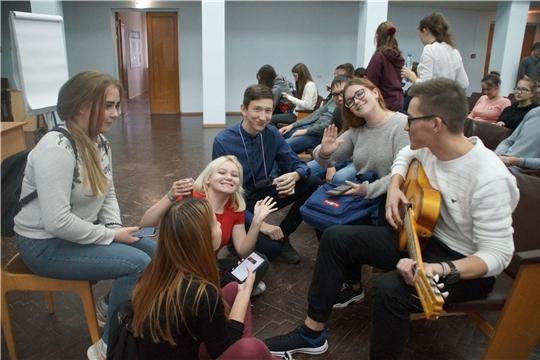 Подведены итоги второго дня «Школы актива» Калининского района
