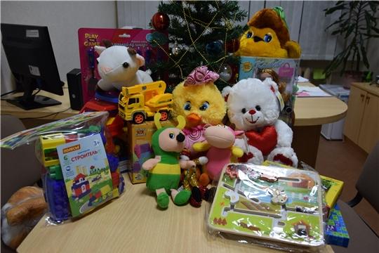 В Московском районе г.Чебоксары проходит новогодняя благотворительная акция «Любимая игрушка малышу»