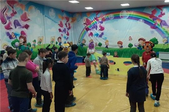 Праздничное мероприятие для детей-инвалидов «Этот разноцветный мир детства»