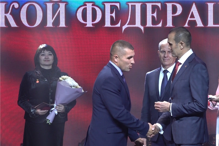 Глава Чувашии поздравил педагогов республики с профессиональным праздником
