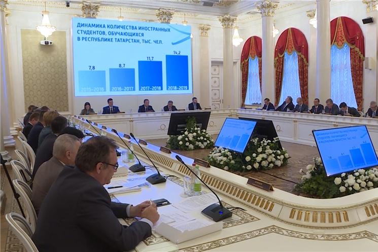 Глава Чувашии Михаил Игнатьев принял участие в заседании Совета при Полномочном представителе Президента России в ПФО