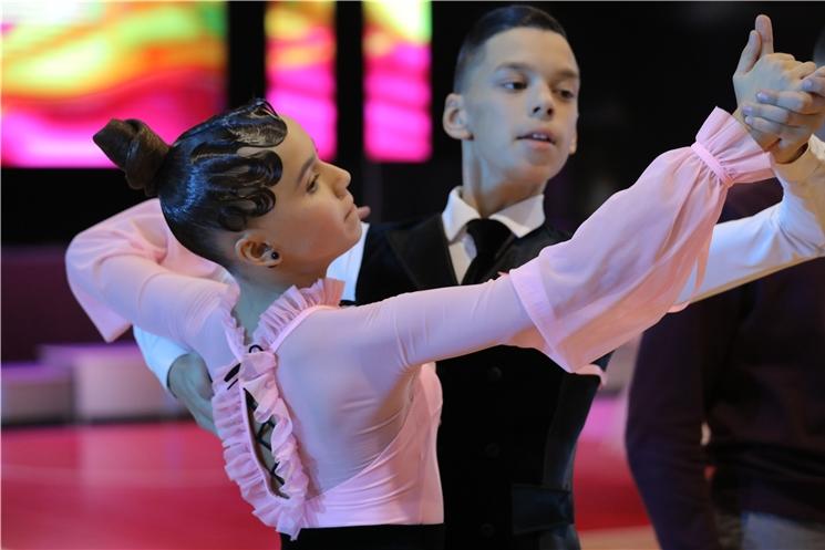 В Чебоксарах прошёл ежегодный турнир по танцевальному спорту на Кубок Главы Чувашской Республики