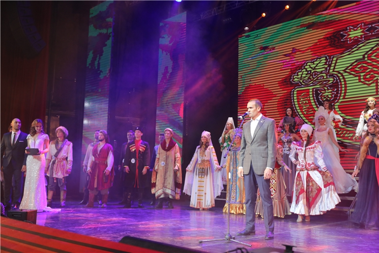 Михаил Игнатьев приветствовал участников XIII Всероссийского конкурса интеллекта, творчества и спорта «Мисс и мистер студенчество России»