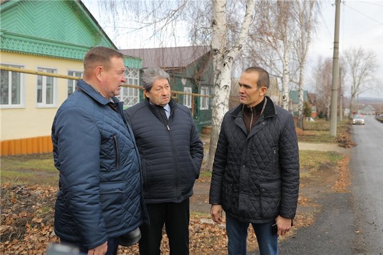Михаил Игнатьев проверил, как реализуется национальный проект «Безопасные и качественные автомобильные дороги» в городе Алатыре