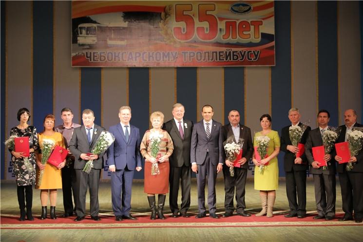 Михаил Игнатьев поздравил работников Чебоксарского троллейбусного управления с 55-летием со дня образования предприятия