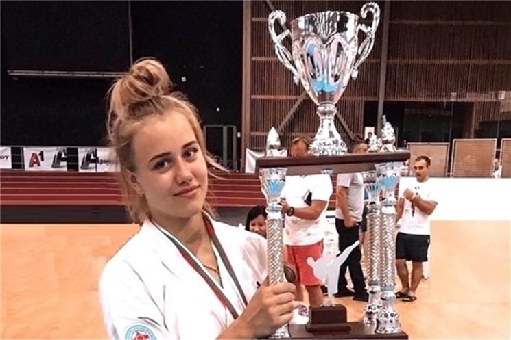 Елена Зайковская выступит на чемпионате мира по киокусинкай