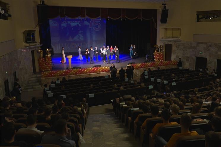 Межрегиональному центру компетенций - Чебоксарскому электромеханическому колледжу исполнилось 75 лет