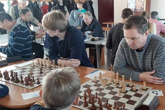 Шумерлинец Александр Никифоров вновь боролся за победу в Открытом Чемпионате Чебоксар по шахматам