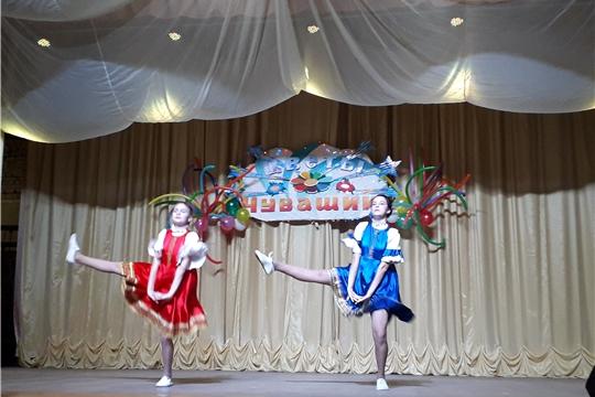 Юные артисты Ибресинского района достойно выступили на зональном этапе республиканского фестиваля-конкурса детского художественного творчества «Черчен чечексем» (Цветы Чувашии)