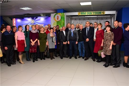 Делегация Ибресинского района приняла участие в торжественном мероприятии, посвященном Дню работников сельского хозяйства и перерабатывающей промышленности