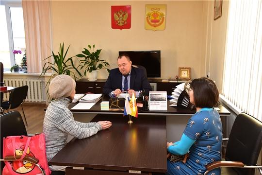 Сергей Горбунов ведет прием граждан