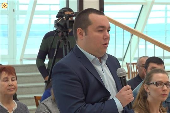 Михаил Игнатьев встретился с журналистами ведущих изданий республики