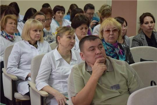 В Единый информационный день в Чебоксарах пройдет более 30 встреч с трудовыми коллективами