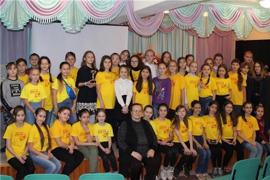В Чебоксарской детской художественной школе состоялось посвящение в юные художники