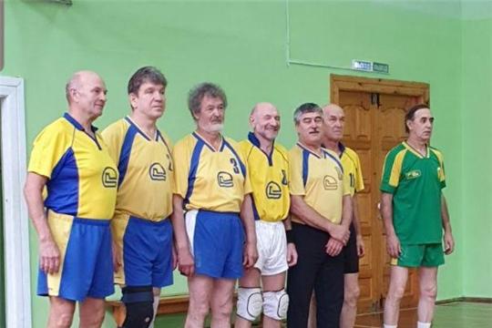 Команда «Трактор» стала победительницей волейбольного турнира среди команд пенсионеров