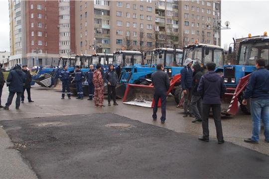 В Калининском районе проверили готовность снегоуборочной техники к сюрпризам погоды
