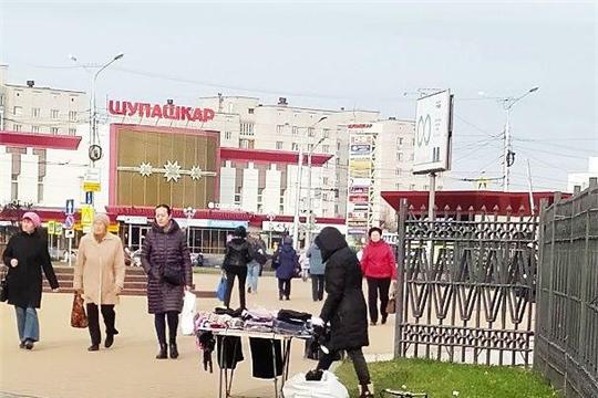 В Калининском районе продолжается борьба с фактами нелегальной торговли