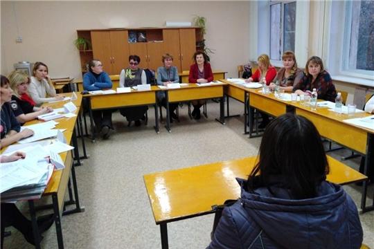 В чебоксарской школе проведено выездное заседание комиссии по делам несовершеннолетних