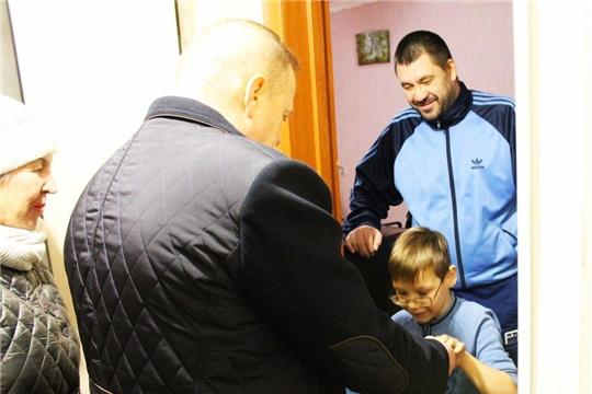 Депутаты Чебоксарского городского Собрания дарят детям новогоднее настроение