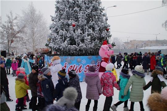 ВНИМАНИЕ! В связи с погодными условиями, открытие районной ёлки переносится на 25 декабря в 18.00