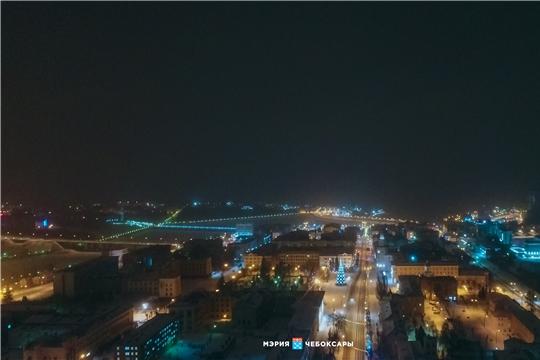 Руководство города Чебоксары поздравляет чебоксарцев с наступающим Новым годом!