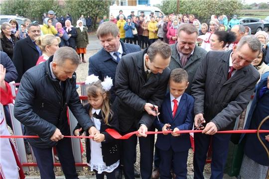 В д. Полевые Инели Комсомольского района открылся модульный ФАП