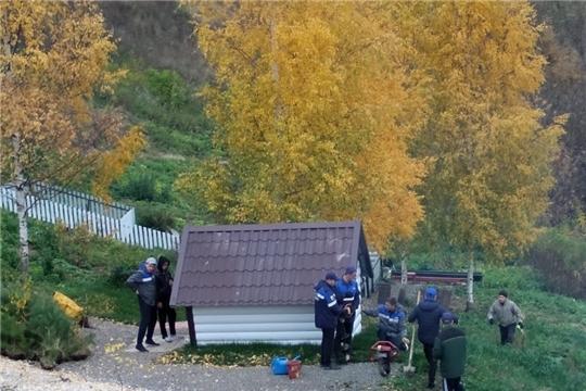 """Посадка деревьев в рамках акции"""" живи лес"""" в с. Янгильдино"""