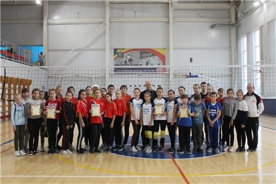 Проведены финальные игры первенства Козловского района по волейболу среди юношей и девушек 13 лет в зачет Спартакиады школьников сезона 2019 -2020 г