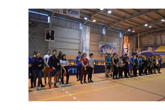 Успех теннисистов - упорная и регулярная тренировка