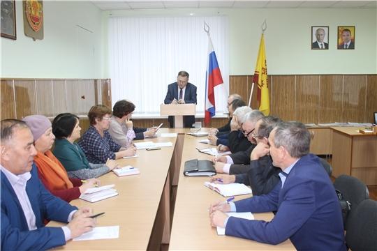 Глава администрации Козловского района Андрей Иванович Васильев провел рабочее совещание с участием глав поселений