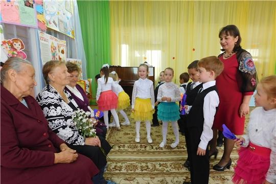 """День дошкольного работника отметили в детском саду """"Рябинушка"""""""