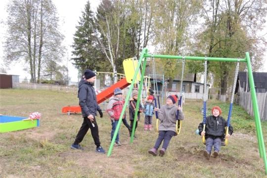 Детская площадка для детей появилась в деревне Сормово