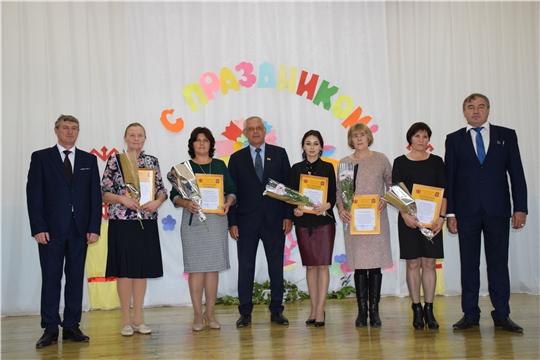 Прошло торжественное мероприятие, посвященное Дню учителя и Дню дошкольного работника