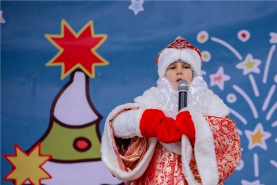 В Чебоксарах к приезду главного Деда Мороза страны объявлен конкурс костюмов «Новогодний карнавал»