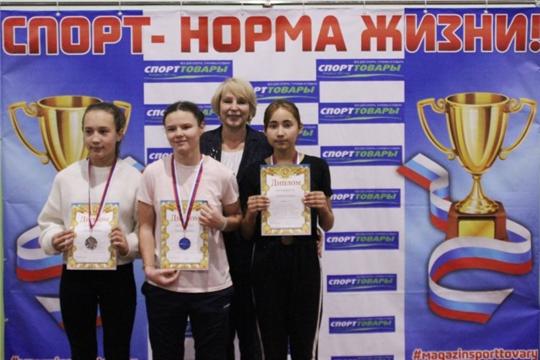 Команда «СОШ № 1» Ленинского района - победитель соревнований по троеборью