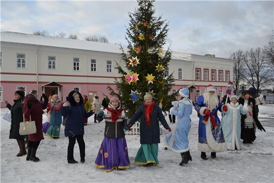 Районный новогодний марафон к 100-летию Чувашской автономии дошел и до городского поселения