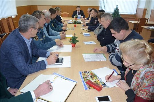 Заседание комиссии по предупреждению и ликвидации чрезвычайных ситуаций и обеспечения пожарной безопасности Мариинско-Посадского района