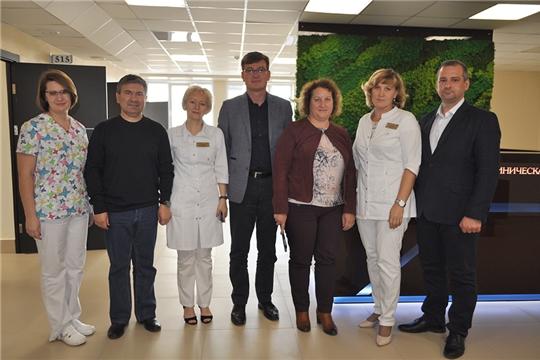 Визит руководителя координационного центра федерального проекта «Борьба с онкологическими заболеваниями» Ирины Ларичевой