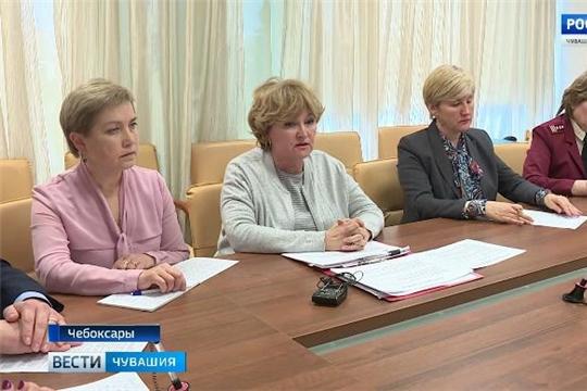 Врачи прокомментировали ситуацию с массовой заболеваемостью пневмонией в одной из школ Новочебоксарска  Источник: https://chgtrk.ru/news/24820
