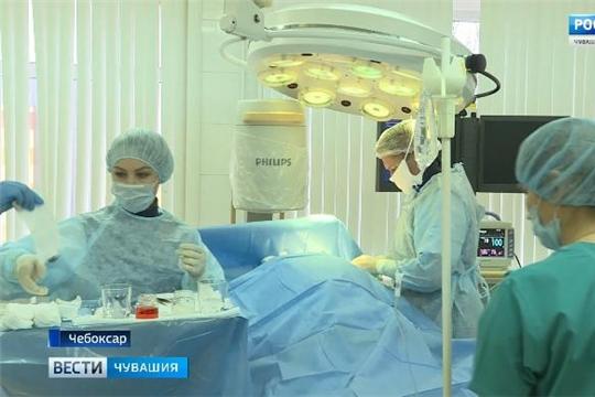 Хирурги Республиканского кардиодиспансера провели уникальную операцию на сердце  Источник: https://chgtrk.ru/news/25064