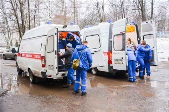 Центр медицины катастроф провел учения по оказанию помощи пострадавшим в ДТП