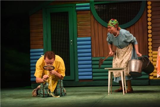 В рамках акции «Ночь искусств» Чувашский государственный академический драматический театр покажет комедию «Чуххăм Ванькка авланать – ай, ай, ай…»