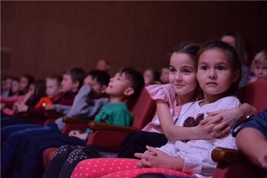 В Чувашском ТЮЗе состоялась премьера спектакля «Волшебник Изумрудного города»