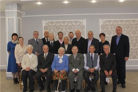 В Минприроды Чувашии поздравили ветеранов отрасли с Международным днем пожилых людей
